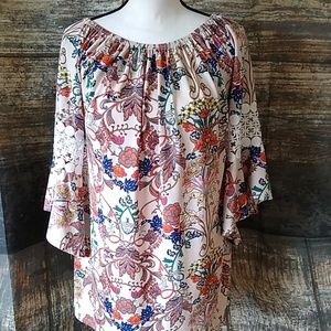 WinWin peasant style boho blouse